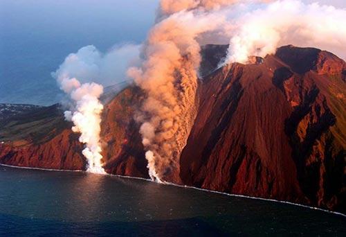 Stromboli, Äolische Inseln